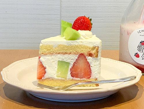 夏いちごとメロンのフルーツショートケーキ